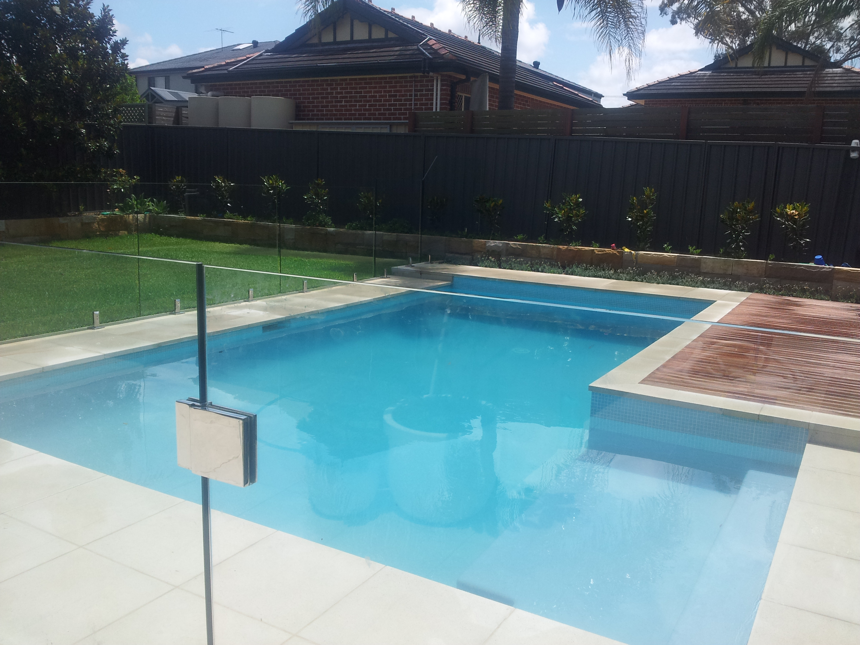 Trayd pools sydney pool and outdoor design for Pool design sydney