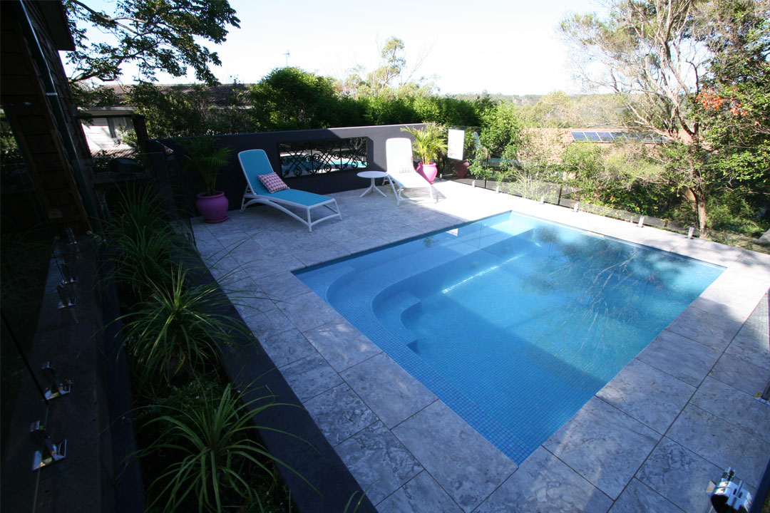 Courtyard/Plunge Pool (METRO) - Bronze