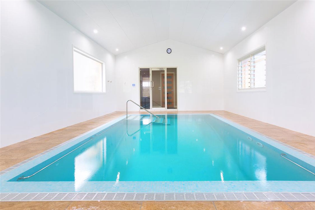 Indoor/Enclosed Pool (METRO) - Silver