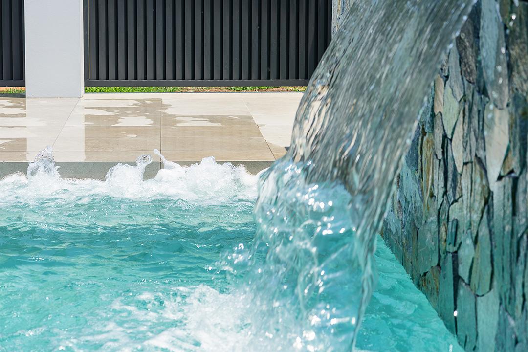 Image credit: Lap of Luxury Pools